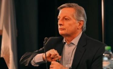 El ministro Aranguren fue imputado por la suba de tarifas y la compra de gas a Chile