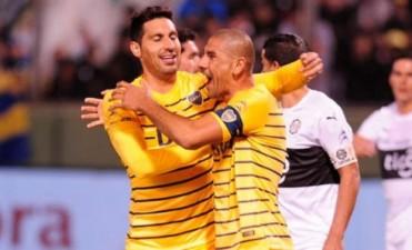 Boca comenzó el semestre con una victoria ante Olimpia de Paraguay