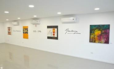 """Ciclo """"Artistas entrerrianas"""": En el hall del nuevo salón de actos del STJ ya se pueden apreciar las obras de Gloria Montoya"""