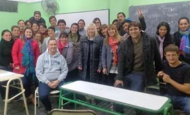 Autoridades de la Facultad de Ciencias de la Gestión se reunieron con estudiantes de la carrera de cooperativismo