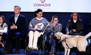 Cambiemos:Con un decreto de Menem, Macri elimina las pensiones de discapacitados