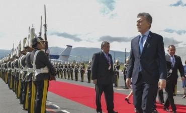 Denunciaron penalmente a Macri por el bono a 100 años