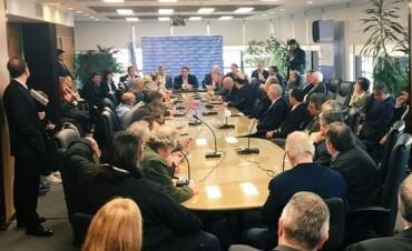 No hubo acuerdo en la reunión del Consejo del Salario y el Gobierno resolvió el aumento unilateralmente