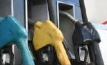 Aumentará 7 por ciento el precio de la nafta y 5,9 por ciento el del gasoil