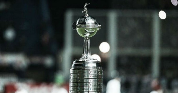 Conmebol pelea por una única final de Copa Libertadores