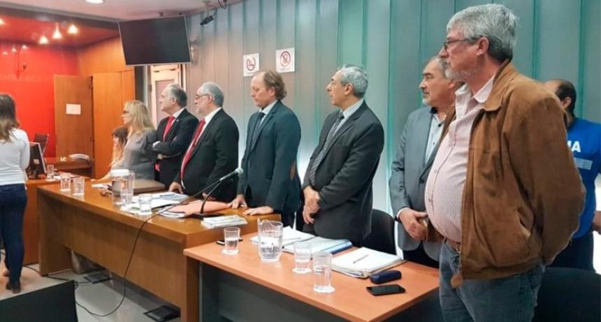 Escuela de Vialidad: Condenaron a prisión condicional a Jorge Rodríguez y Néstor Kemerer por Peculado  - Mario Heyde absuelto
