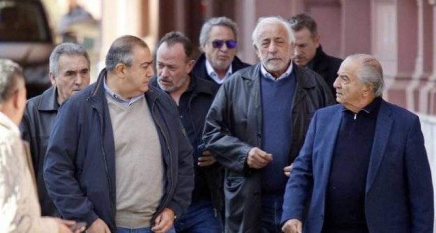 REUNION CGT-GOBIERNO : Adelanto de 5 por ciento en dos cuotas