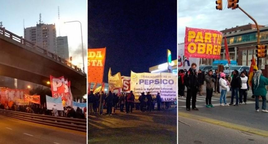 Los principales accesos a la ciudad de Buenos Aires están cortados por el paro general