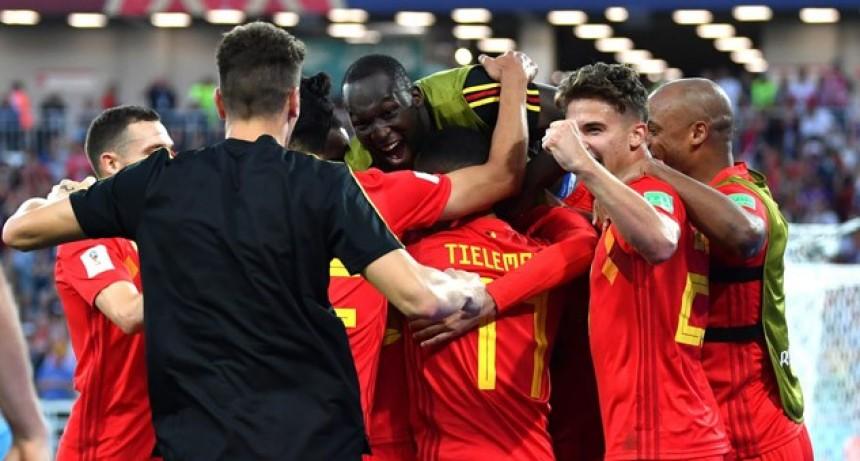 En el cotejo de las especulaciones, Bélgica venció a Inglaterra y ganó su grupo