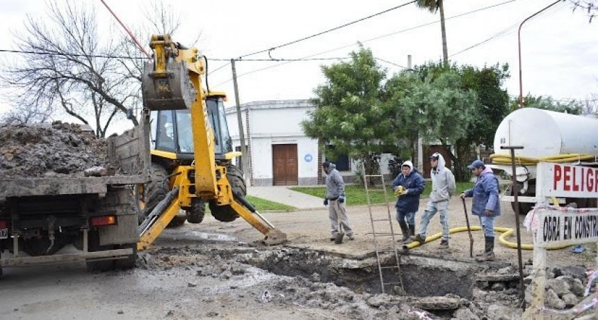 REPARACIÓN DE CAÑO MADRE EN CALLE URQUIZA