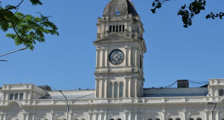 Reducen el trabajo presencial en la administración pública provincial en Paraná