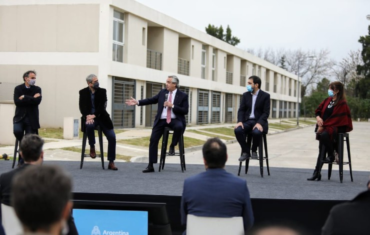 El Presidente entregó la vivienda 10 mil del programa Casa Propia Alberto Fernández: