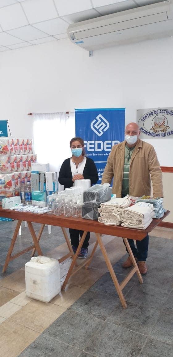 Los comerciantes locales, entregaron donación de insumos al Hospital Urquiza de Federal