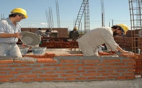 La tasa de desocupación bajó en el Gran Paraná y en Concordia