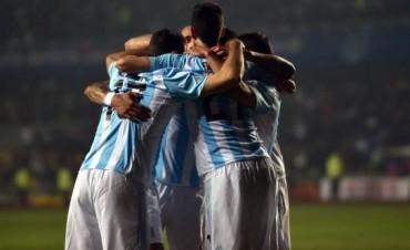 Tras siete años y pese a perder la final de Copa América, Argentina llegó a la cima del ranking FIFA