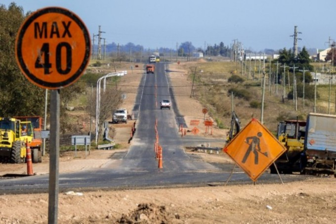 Ultiman detalles para concluir la obra de seguridad vial en la Ruta 16