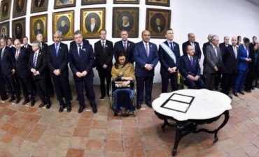 Bordet destacó la firma con Macri y gobernadores del 'Acta del Bicentenario