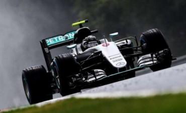 Rosberg fue el más veloz de la clasificación en Hungria