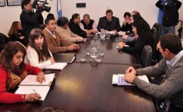 ATE y UPCN rechazaron las propuestas salariales del gobierno
