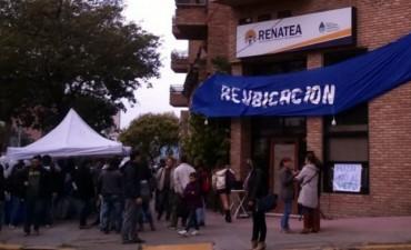 """Renatea avanza en los despidos pero la provincia no homologará las """"desvinculaciones"""""""