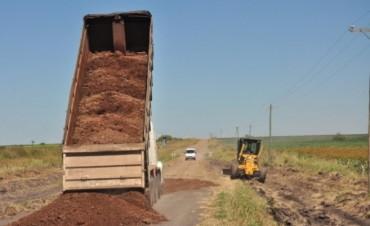 Solicitan reposición de ripio y señalizacion de alcantarillas en Camino del Medio de Colonia Federal