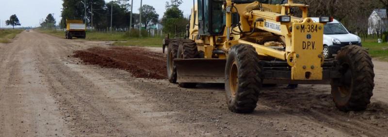 Continúan los trabajos de recuperación de caminos en la provincia