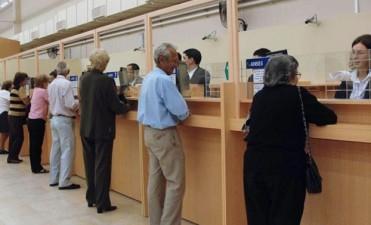 Ordenan al Gobierno dar marcha atrás con la quita de pensiones