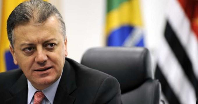 Detienen al ex presidente de Petrobras y del Banco de Brasil