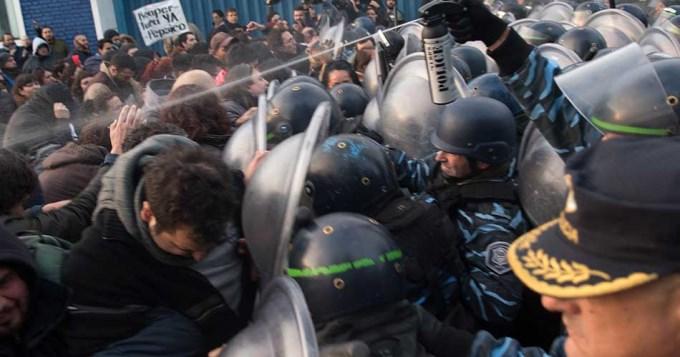 Violenta represión contra los trabajadores de PepsiCo