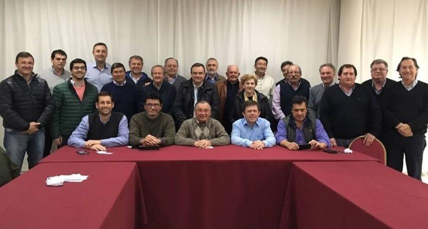 Cecco reemplazará a Varisco en la presidencia del Foro de Intendentes de Cambiemos