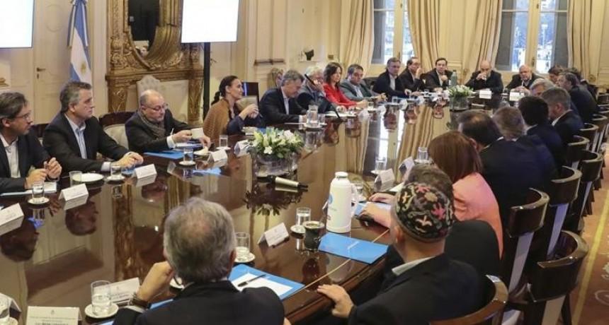 Por decreto Macri ajusta el Estado y busca ahorrar más de 20 mil millones