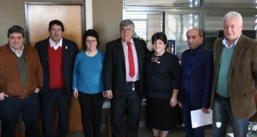 Asumieron los nuevos miembros del Directorio del Iosper: Cañete sigue como presidente