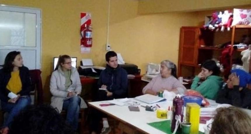 Alumnos de la Universidad de París visitaron Bovril para estudiar el proyecto de las Rutas 127 y 12