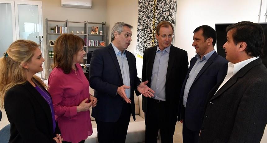 Alberto Fernández se reunió con Bordet y con los candidatos entrerrianos: confirmó que el martes visita Entre Ríos