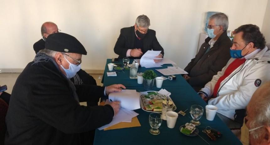 El Iosper firmó convenio con la Cámara de Clínicas y Sanatorios de Concordia