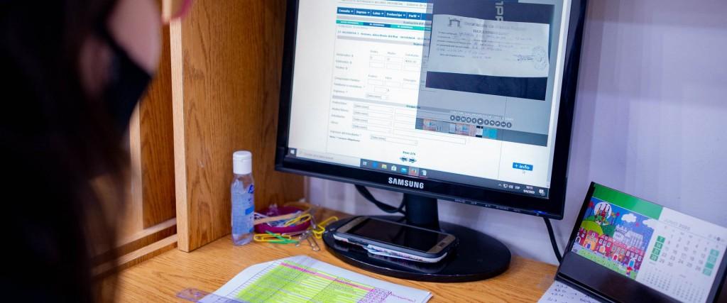 Inicia el cronograma de pagos de becas provinciales para estudiantes secundarios