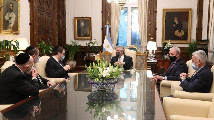 Alberto Fernández recibió a la conducción de AMIA, a pocos días del aniversario del atentado