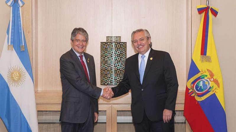 Alberto Fernández, con el presidente de Ecuador:
