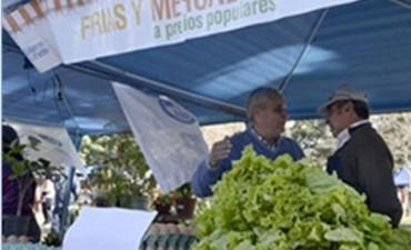 El Vice-Intendente acompaño a los Artesanos locales en la Feria Franca de Corrientes