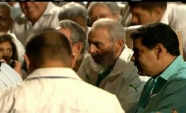 Fidel Castro reapareció en público en su cumpleaños Nº 90