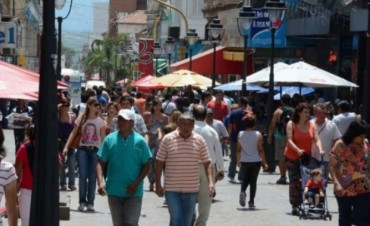 Se desplomaron 10,5% las ventas en los comercios durante el fin de semana largo