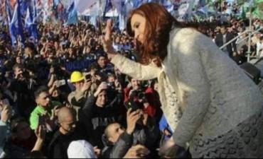 """En recorrida por el conurbano: Cristina aseguró que """"a muchos los hicieron confundir"""""""