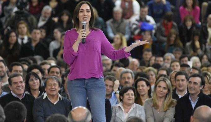 Vidal repartió críticas y pidió el voto a