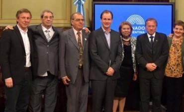 Distinguen a entrerrianos con la Mención Sarmiento en el Congreso Nacional