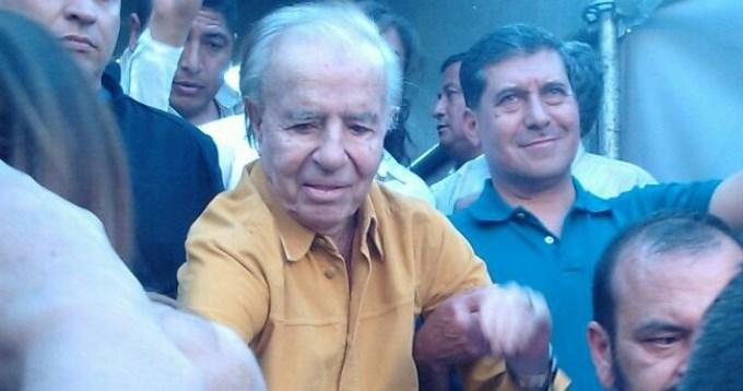 Menem pidió que se suspenda elfallo y busca postularse