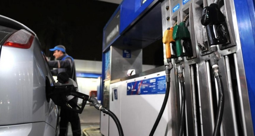 Expendedores estiman que las naftas subirán otro 15 % hasta diciembre