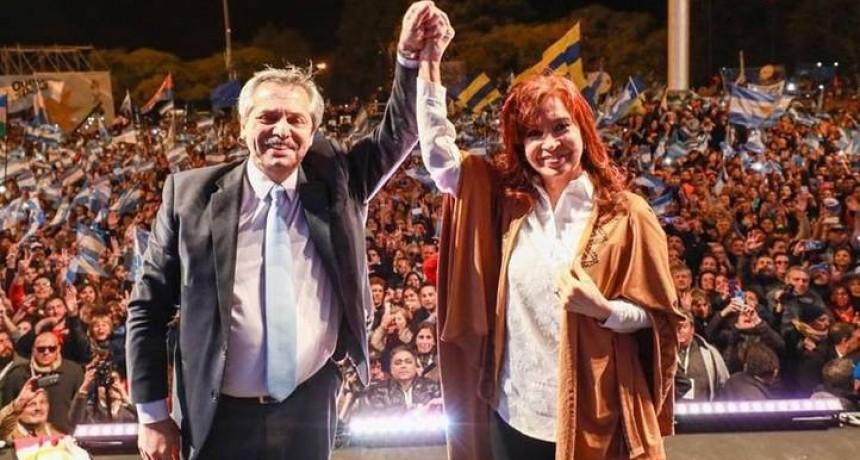 Alberto apuntó al gobierno por el desbande del dólar, tras reunirse con Cristina y Axel en el Patria