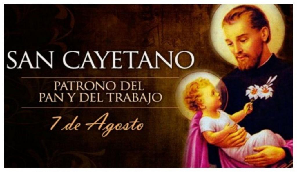 Miles de fieles y organizaciones sociales se congregaron en San Cayetano