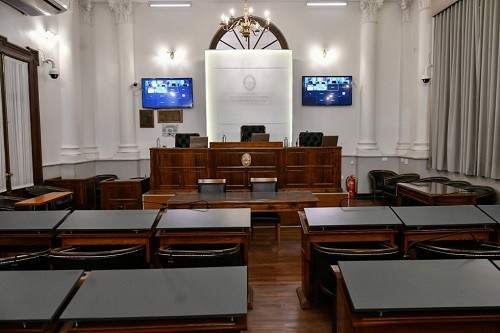 El Senado entrerriano trabajará esta semana en comisiones y en audiencias públicas - Se escuchara a la Dra. Susna Irurzun