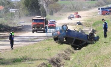 Policías de Federal involucrados en un accidente en el acceso Norte de Paraná